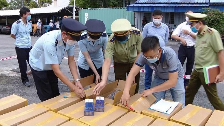 """Chiến dịch """"Con Rồng Mê Kông II"""" bắt giữ gần 2 tấn ma túy và 150 tấn gỗ quý hiếm"""