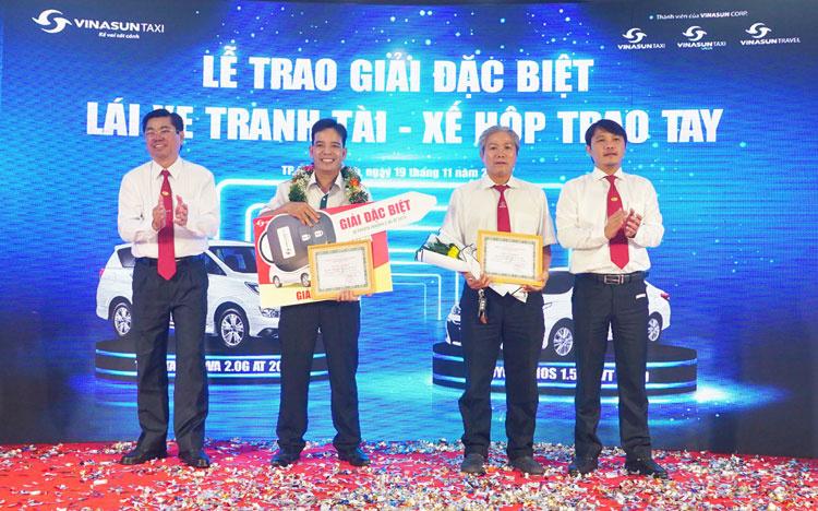 Vinasun Taxi trao thưởng xế hộp gần 1 tỷ đồng cho lái xe